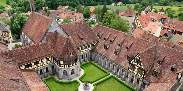 Schloss und Kloster Bebenhausen mit Klostergarten