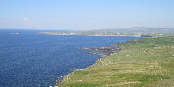 Way from Cliffs of Moher to Doolin
