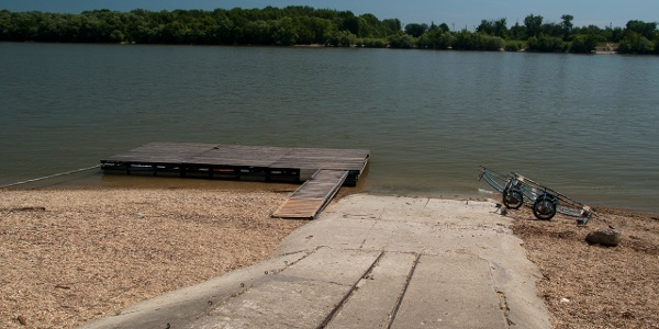 A csónakház stégje