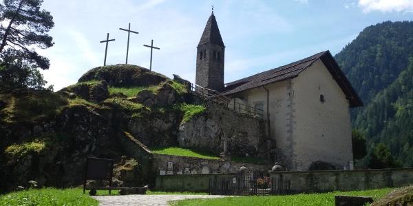 Estate-Tour Val Genova-Chiesa S.Stefano-Lorenzetti Mattia
