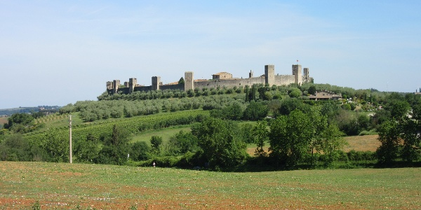 Looking back towards Monteriggioni