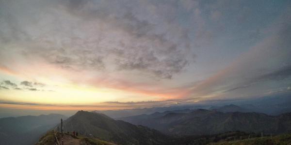 Sonnenaufgang am Hochgrat Blick in Richtung Mittag