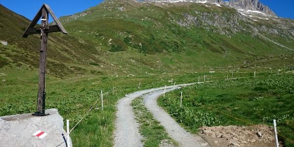 Val Val - Blick zurück zum Pass Tiarms