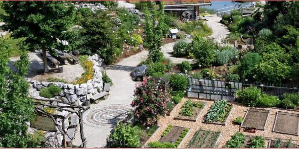 ein Wohlfühl- und Erlebnisgarten mit Heilkräutern der Natur