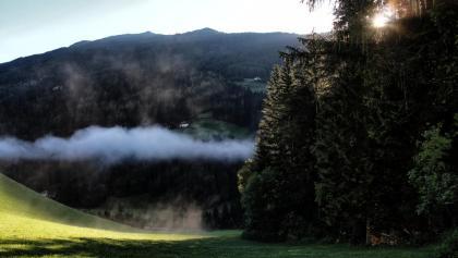 Morgendliche Nebel begrüßen uns im Sarntal