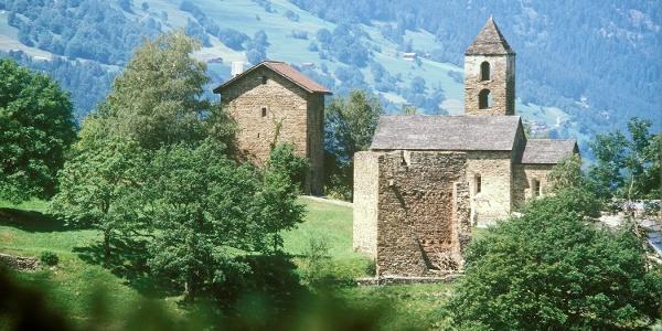 Burganlage Hohen Räñtien