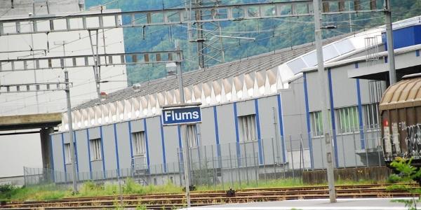 Am Ziel am Bahnhof Flums