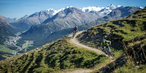 Mountainbiker auf der Padella-Panoramatour