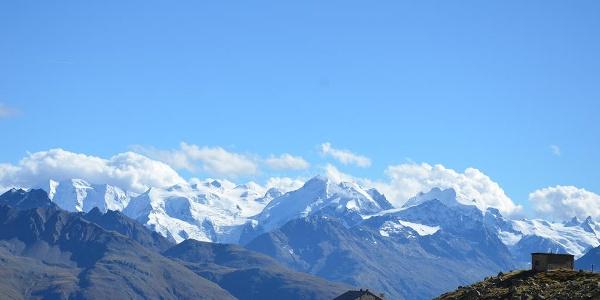 Ausblick Chamanna d'Es-cha, Berninagruppe