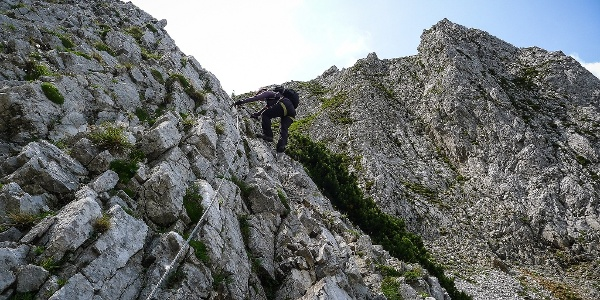 Über das Zahme Gamseck geht es hinauf auf das Rax Plateau