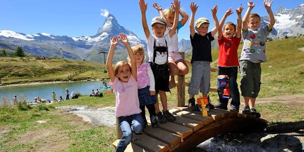Der Leisee ist ein Paradies für Kinder. Hier können sie nach Herzenslust spielen, baden und herumtollen.