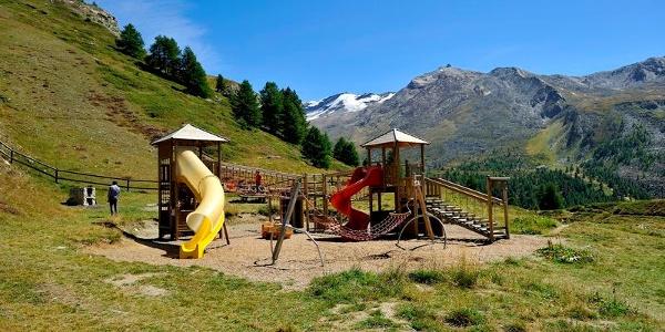 Beim Leisee ebenfalls begehrt ist der Spielplatz für die Kleinen.
