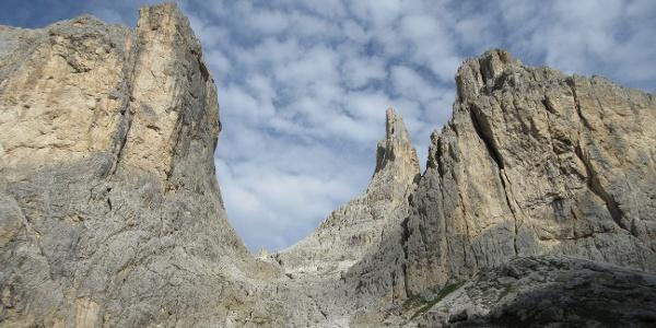 Punta Emma und die markanten Vajolettürme (Winklerturm)