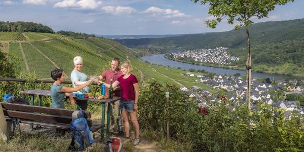Weingenuss an der Domgartenhütte