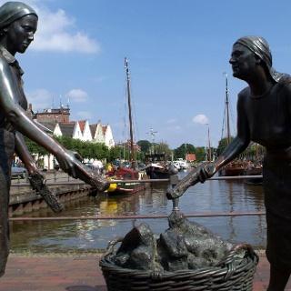 Historischer Hafen in Weener