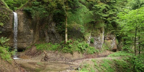Wasserfall im Tösstal.