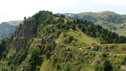 Die alten Kriegs- und Maultierpfade am Monte Grappa.