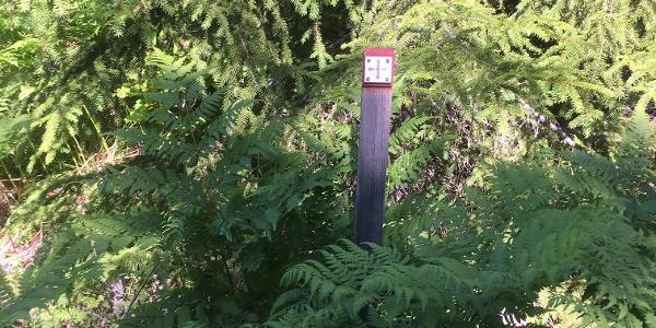 Signpost close to Trödje