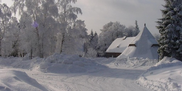 Winterlicher Pferdegöpel Johanngeorgenstadt