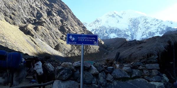 Vor dem Aufstieg zum Höchsten Punkt, am Fuße des Gletschers