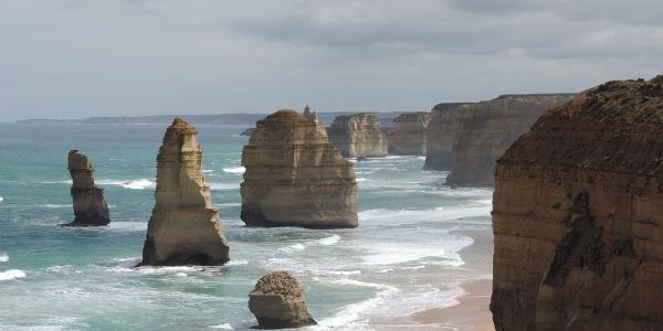 Blick auf die Twelve Apostles im gleichnamigen Meeresnationalpark