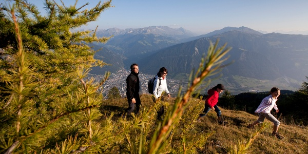 Weit oberhalb der Alpenstadt Chur