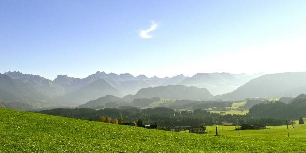 Aussicht auf das Obere Iillertal zwischen Schweineberg-Wielenberg
