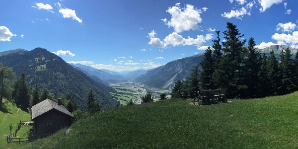 Prächtige Aussicht vom Mittenberg