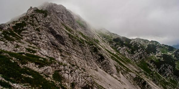 Vogel summit in clouds