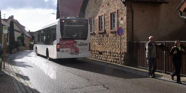 """Der Wanderbus in Frankweiler, Haltestelle """"Am Steigert"""""""