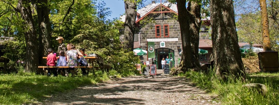 A Báró Eötvös Loránd menedékház