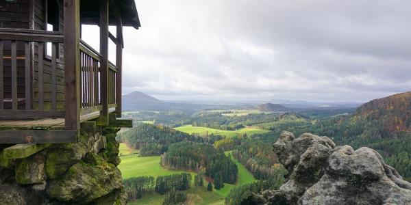 Auf dem Marienfelsen (Mariina skála, 428 m ü. NN) bei Jetřichovice