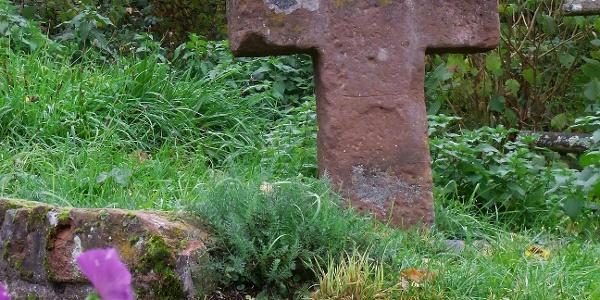 Altes Steinkreuz aus dem 16. Jh.