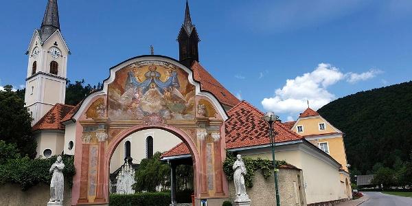 Almhausweg: Startpunkt bei der Wallfahrtskirche