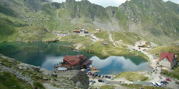 Bâlea-See, ein Gletschersee mit Panoramablick