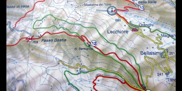 Wanderkarte mit der Passeggiata del Bosci ( grüne Linie in der Mitte) an der Capella Santa Brigida