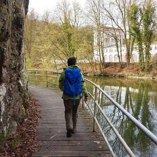 Am Kuxleyfelsen bei Weilburg - Hölzener Steg oberhalb der Lahn