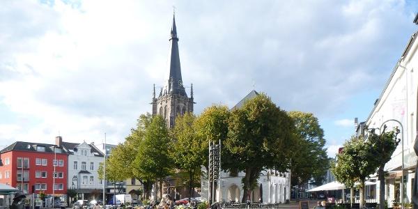Marktplatz und St. Lambertus in Erkelenz