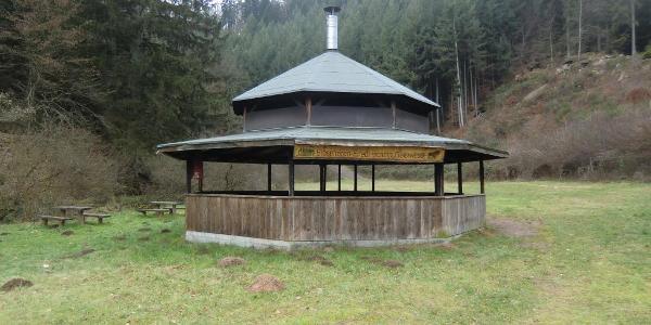 Pavillon am Biosphären-Erlebniscamp Geiswiese