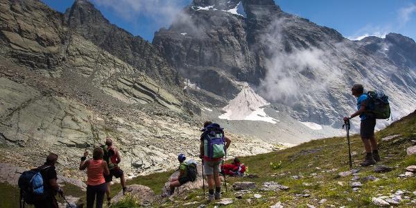 Wandergruppe auf dem Giro del Monviso