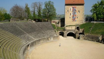 Das Amphitheater von Avenches.