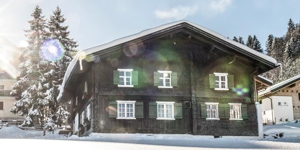 Alts Schualhüsli Winter