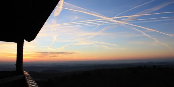 Sonnenaufgang von der Vulcano Infoplattform_Vulkaneifel-Pfad: Vulcano-Pfad Schleife Ost