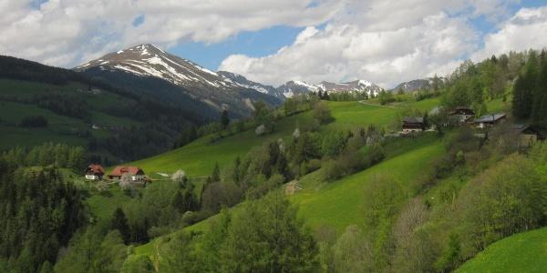 """Vom Kirchberg Richtung Westen zur """"Vorederen Roßalpe"""""""