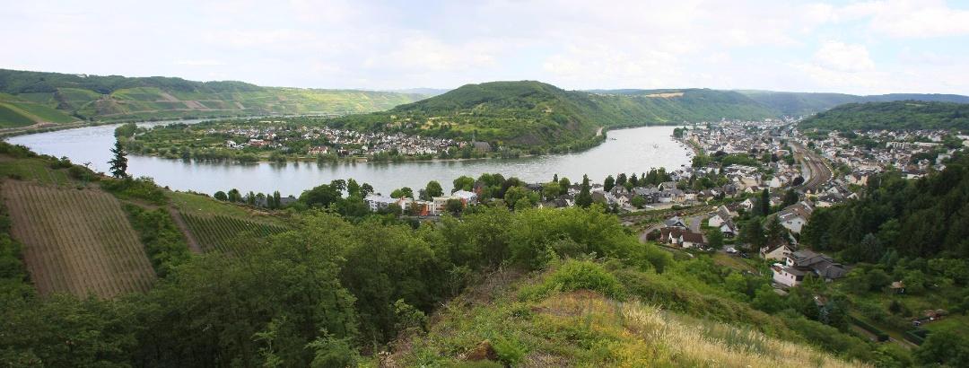 Blick auf die Rheinschleife bei Boppard