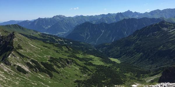 Zwischen Walser Hammerspitze und Hochgehrenspitze