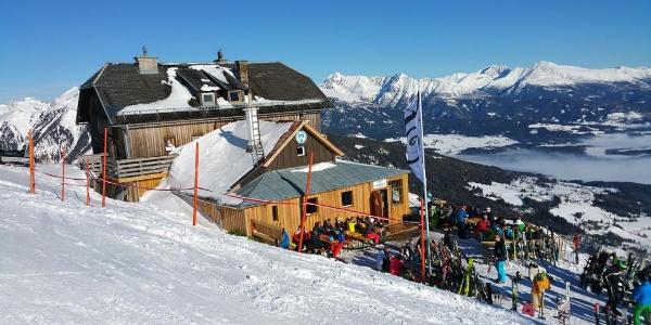 Après-Ski auf der Speiereckhütte im Lungau, direkt neben der Bergstation am Großeck