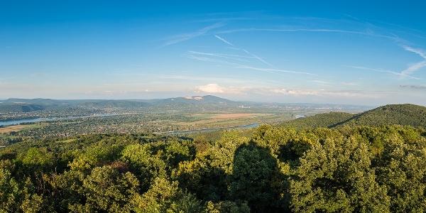 Panoráma a Zsitvay-kilátóból (kattints a képre!)