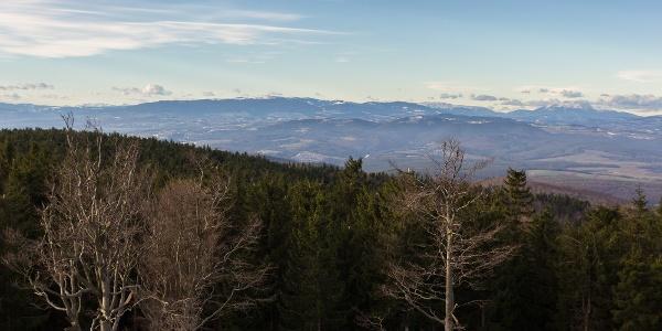 Kilátás Ausztria felé az Írottkő-kilátóból