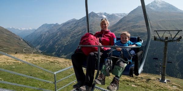 Mit dem Doppelsessellift Wildspitze zum Panoramarestaurant Stableinalm